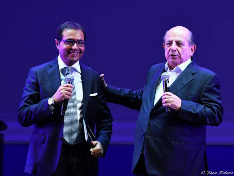Mario Esposito con Giancarlo Magalli, vincitore nel 2017 della sezione Dino Verde
