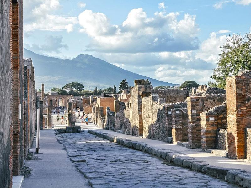 Scavi-archeologici-Pompei-copertina
